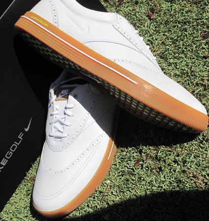 finest selection 9229e 6a88f A few of the features of the shoe are the seasonally relevant upper  materials, full length Lunarlon drop-in sock liner and weight activated  traction lugs.